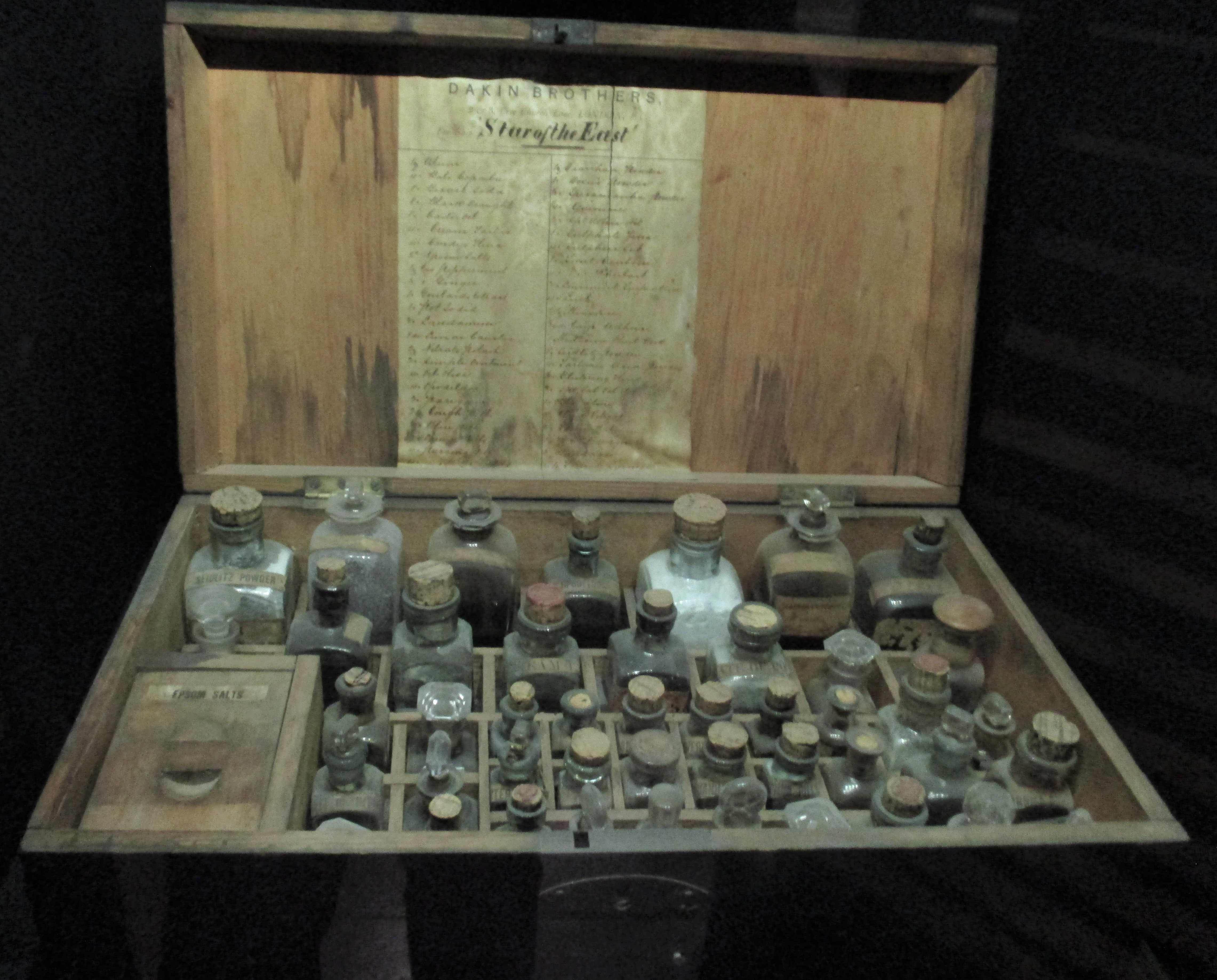 Medicine chest from sailing ship (Te Papa museum)