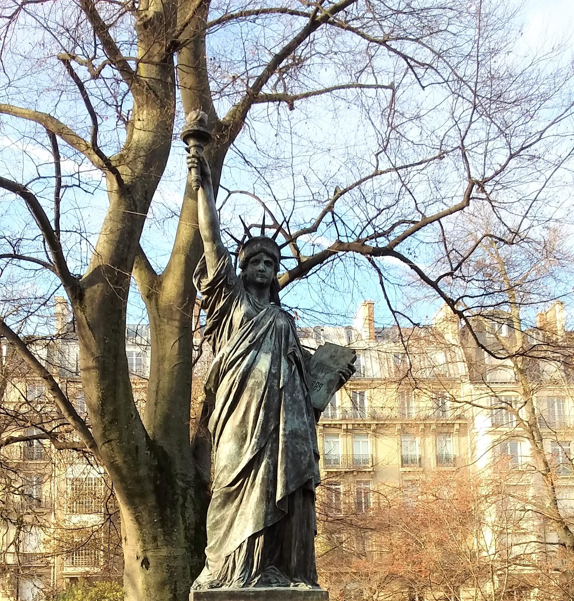 Familiar statue, Jardins du Luxembourg, Paris