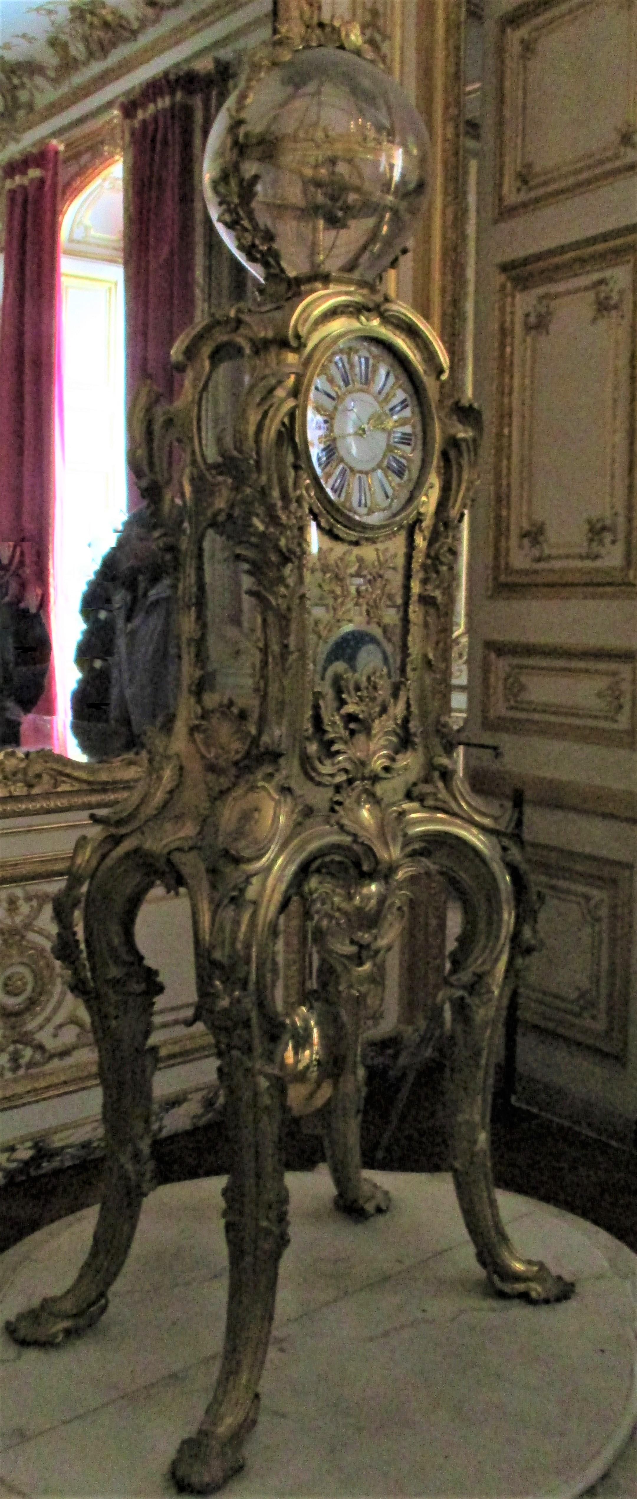 Astronomical clock, Versailles