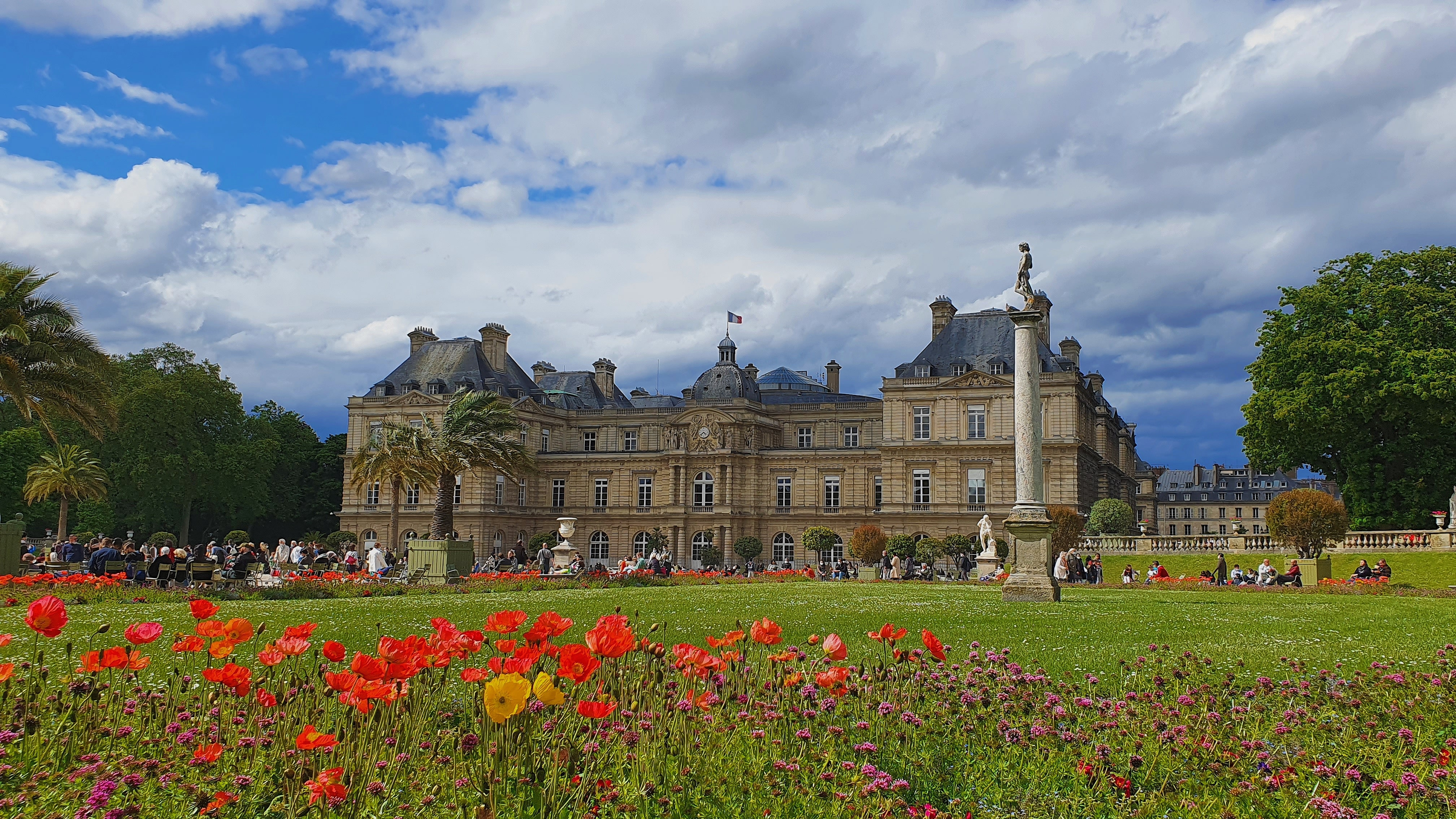 Luxembourg Palace image from Unsplash by Marie Evano
